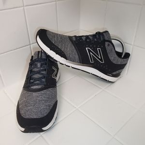 New Balance 577 Cush Womens Training Shoes Size 10